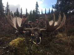 1 Moose 3 Devils Mountain Lodge 2017